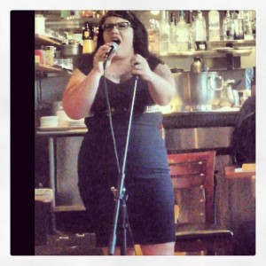Paula Singing